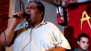 La amanecida - Jorge Reche (voz) Bernabei -Pesci (guitarras) Padilla (percusión)