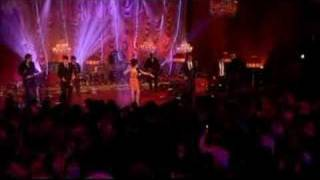 "Amy Winehouse ""Addicted"" live"