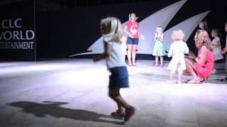 Mini Disco If your happy clap your hands dans Turkije 2015
