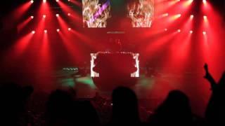 AVICII - SILHOUETTES || THE WARFIELD (HD)