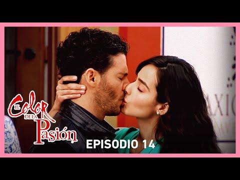 El color de la pasión: Lucía y Marcelo se besan | C-14 | Tlnovelas