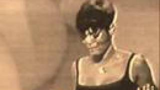 Miss Dionne Warwick - Don't Make Me Over (Year 1967)