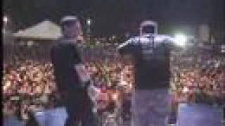 Raimundos - Esporrei na Manivela (Tour 2008)