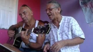 João de Deus Vieira Barros canta Um dia Frio de Djavan