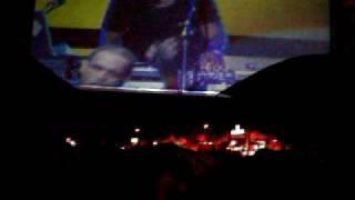 CHRIS BROWN to dancin 2 vybz kartel. at reggae sumfest 2010