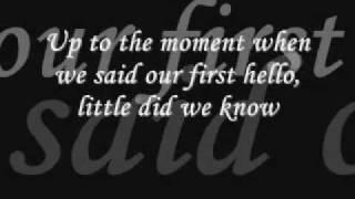 Frank Sinatra: Strangers In the Night (with Lyrics)