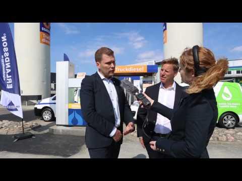 Erlandsson först med ny miljödiesel i sina personbilar