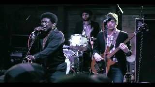 """Charles Bradley Feat. Menahan Street Band on Carson Daly - """"Golden Rule"""""""