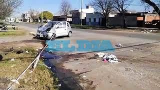 Grave accidente de tránsito en  38 y 131 entre una moto y un auto
