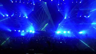 Ridicuously epic EDM festival intro