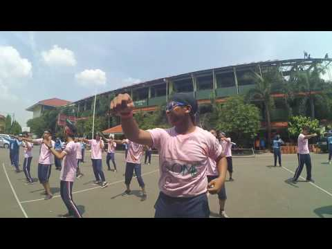 Senam poco-poco SMAN 64 Jakarta