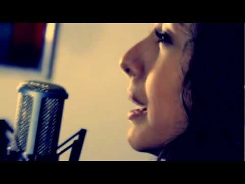 Perfume A Tus Pies Cover Sary Luna Room Studio Sp Chords Chordify