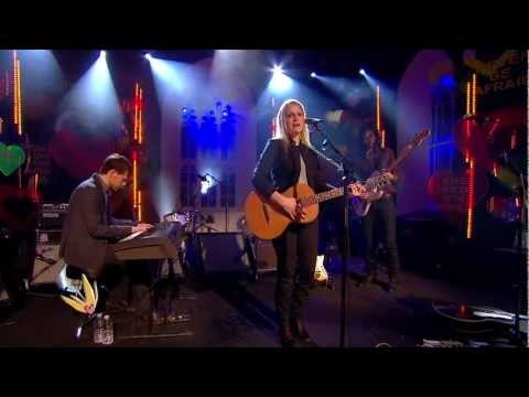 luluc-passerby-othervoiceslive