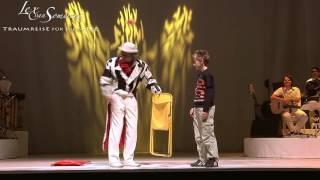 Lex van Somerens Traumreise - Clowns Act (Klappstuhl)