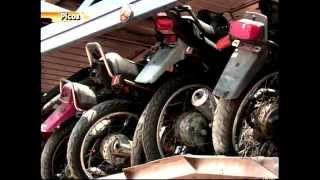 PRF apreende carreta cegonha com mais de 150 motocicletas sem placa