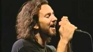 Last Kiss - Pearl Jam (Live)