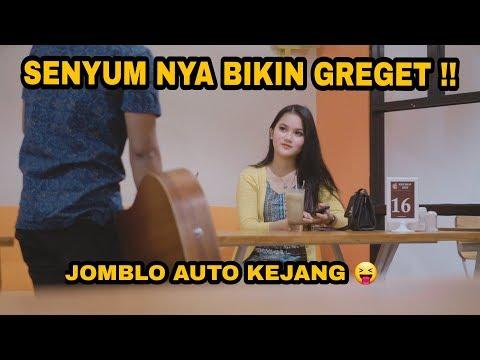 Download Video CEWEK CANTIK INI BISA SALTING JUGA YA HAHA, IDAMAN SEMUA COWOK !