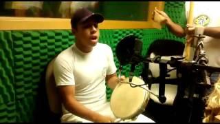 Grupo de Capoeira Netos de Angola durante entrevista na Super Rádio União