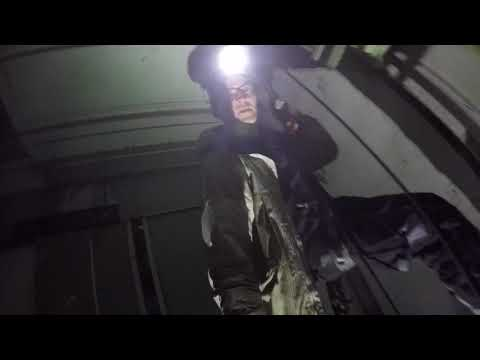 Im stockdunklen Fahrstuhlschacht abgeseilt! (Lost Places)