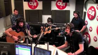 "Kasabian ""I'm So Tired"" [Beatles Cover] - Acoustic Session @ OUIFM"
