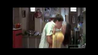 (Shocking Video) SJ Surya Press Naynthara Boobs width=