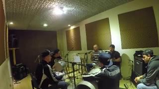 170515 - Roda Roots - Lá Vem Você - Criolo Cover