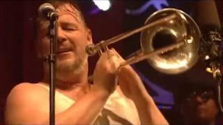 "Trombone Dancing - Fat Freddy's Drop Live ""Shiverman"""