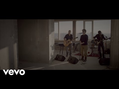 racoon-shoes-of-lightning-racoonvevo