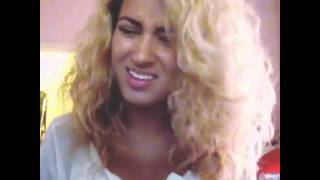 By - @torikelly  Song - She Looks So Perfect
