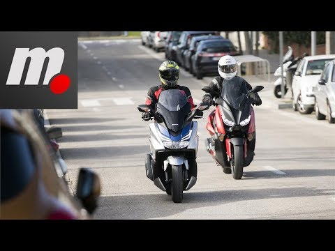Honda Forza 125 vs Yamaha XMAX 125 | Comparativo / Test / Review en español | motos.net