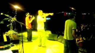 Guanaco MC - Abriendo el concierto a Molotov