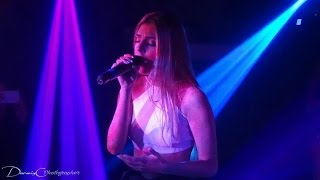 Corina Smith - Vitamina D ,  EN VIVO (Concierto. Trisquel, San Cristobal)
