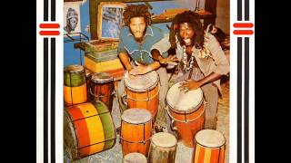 The Congos - Heart Of The Congos - 05 - La La Bam Bam