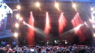Kings of leon - use somebody (Rīga, Mežaparks 25.06.2014) live