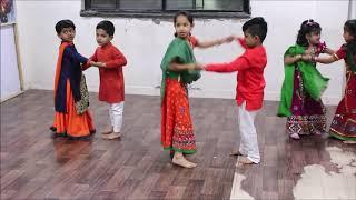 Udi Udi Jaye | Raees | Kids | Studio FM