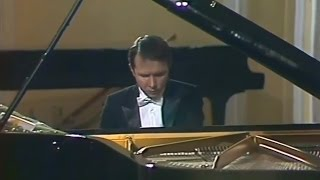Mikhail Pletnev plays Rachmaninoff - Prelude op.23 No.2 in B-flat major (live in Moscow, 1987)