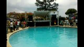 Victor Ruiz @ Amnesia 2012 (1 minuto basta)