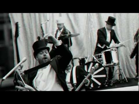 Go Right Ahead! de The Hives Letra y Video