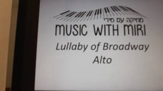 Lullaby of Broadway, Alto