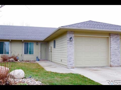 Residential for sale - 204 S Emmett Trl, Harrisburg, SD 57032