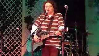 "Daniel FaT -""Leu'n'ou"" - muzica folk music romanian punk funny live entertainment"
