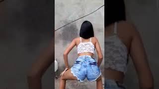 Novinha Gostosa Dançando Funk_14
