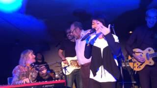 Marcos Valle & Joanna Dong 董姿彦 - Summer Samba in Mandarin