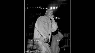 2pac Ambitionz Az A Ridah LIVE NOT IN HOUSE OF BLUES!!!!!!!