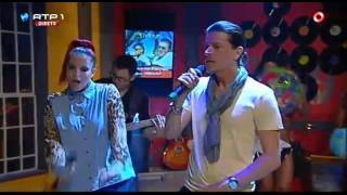 """SIRAIVA Featuring CARLÃO """"Brinca na Barriga"""" - Nuno Markl - 5 Para a Meia Noite"""