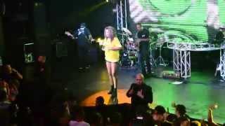 Moovie Music Live - Mc Ludmilla (Pensa em mim 24 horas por dia)