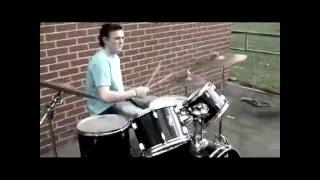 Arctic Monkeys   Old Yellow Bricks video oficial
