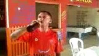 BENEDITINOS-PI Bulim virando uma garrafa de gela no gargalo...valendo 10 corró!!