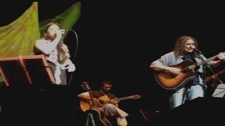 Casaco Marrom (Danilo Caymmi, Guarabyra & Renato Correa) por Ana Lee e Guarabyra
