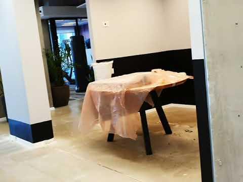 סרטון: עיצוב ושיפוץ משרדים בשרונה Tlv